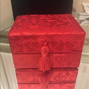 ❤️🎁FREEwith$50 purchase Red satin jewelry giftbox
